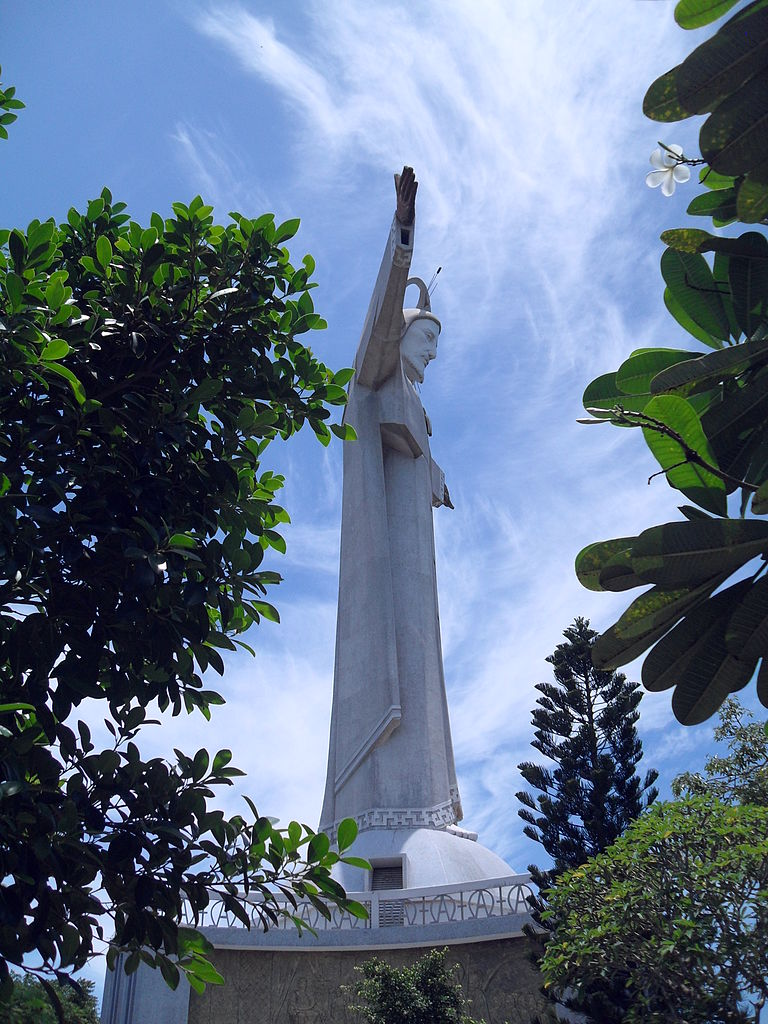 Jesus Christs Statue vung tau vietnam guide address opening hours attractions nui nho mountain (1)