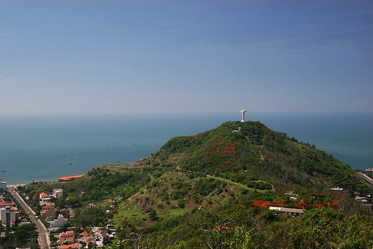 Jesus Christs Statue vung tau vietnam guide address opening hours attractions nui nho mountain (1)u