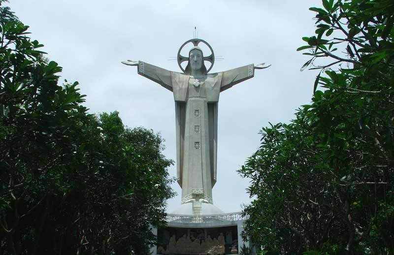 Jesus Christs Statue vung tau vietnam guide address opening hours attractions nui nho mountain (4)