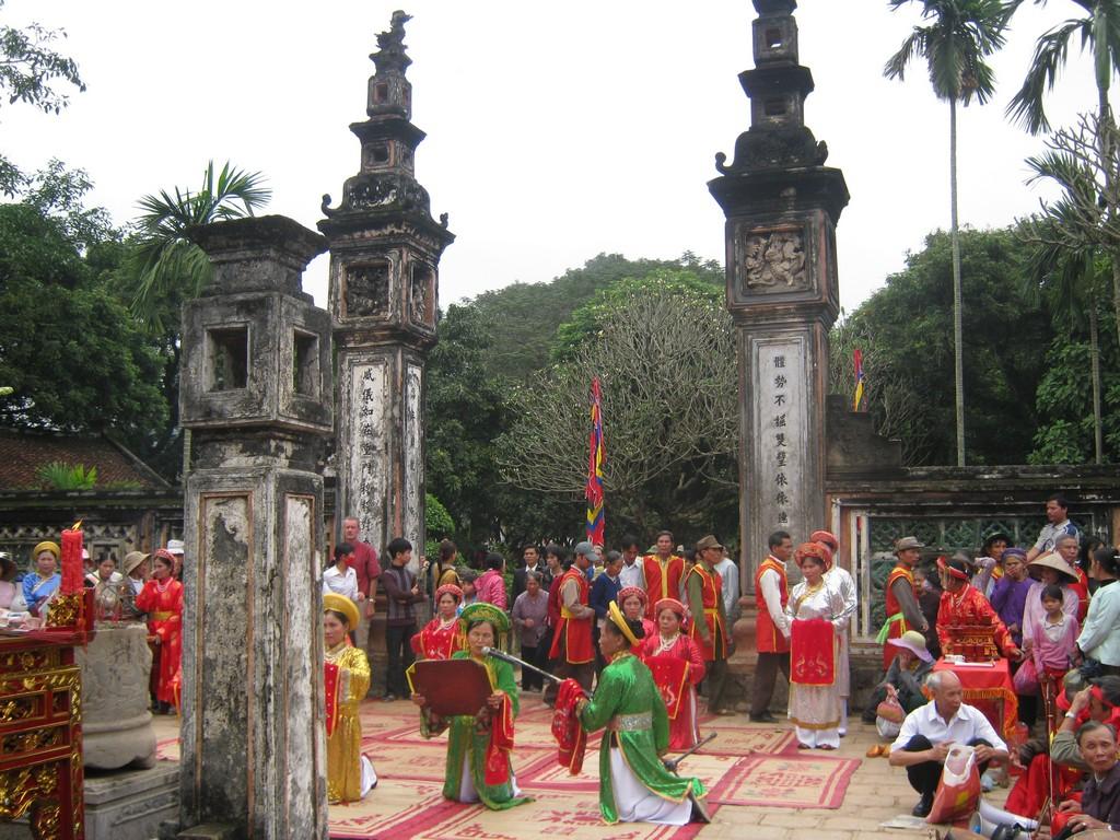 Dinh temple festival_nguồn: www.quenhacarolina