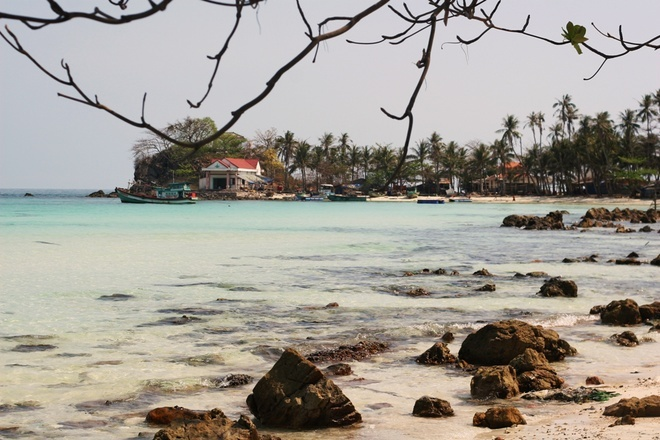 Mau Island - Most picturesque scenery of Nam Du