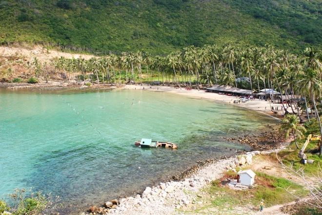 Men beach - The most beautiful of Cu Tron