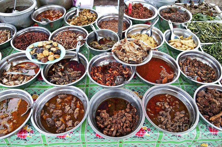 Different kinds of curries in Myanmar Photo: fineartamerica