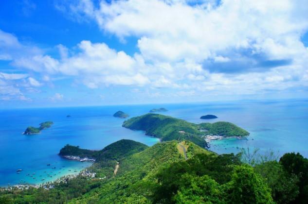 Picturesque view of Nam Du islands