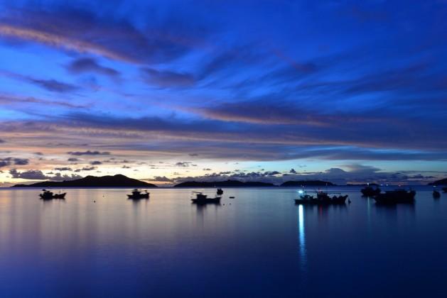 Sunrise on Nam Du Islands