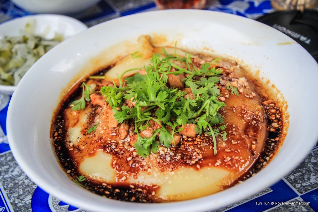 Tofu noodle - a special dish in Myanmar with the way of cooking different from what it sounds Photo: 3.bp.blogspot