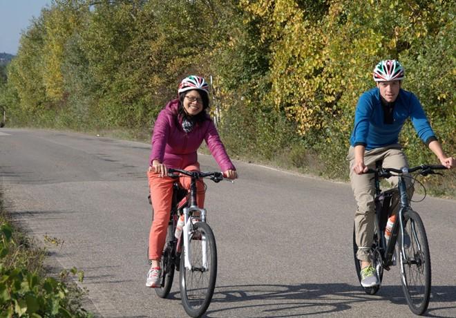 Tuscany-Italy-cycling-friend