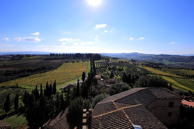 Tuscany-Italy-hills-view