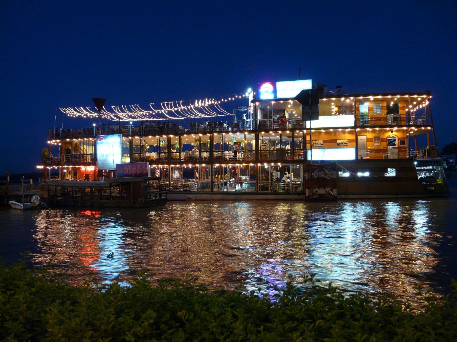 Yacht on Hau river at night