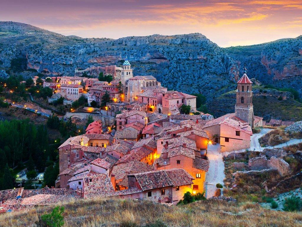 Shutterstock/Albarracin