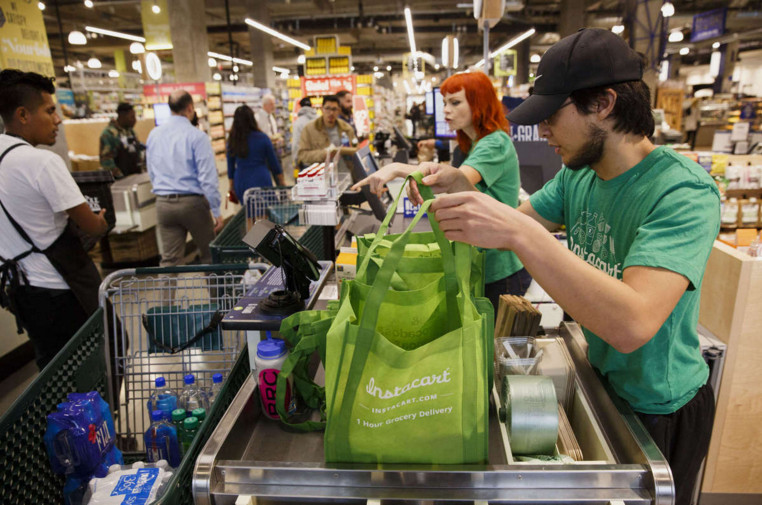background music at supermarkets and shopping malls is too loud japan