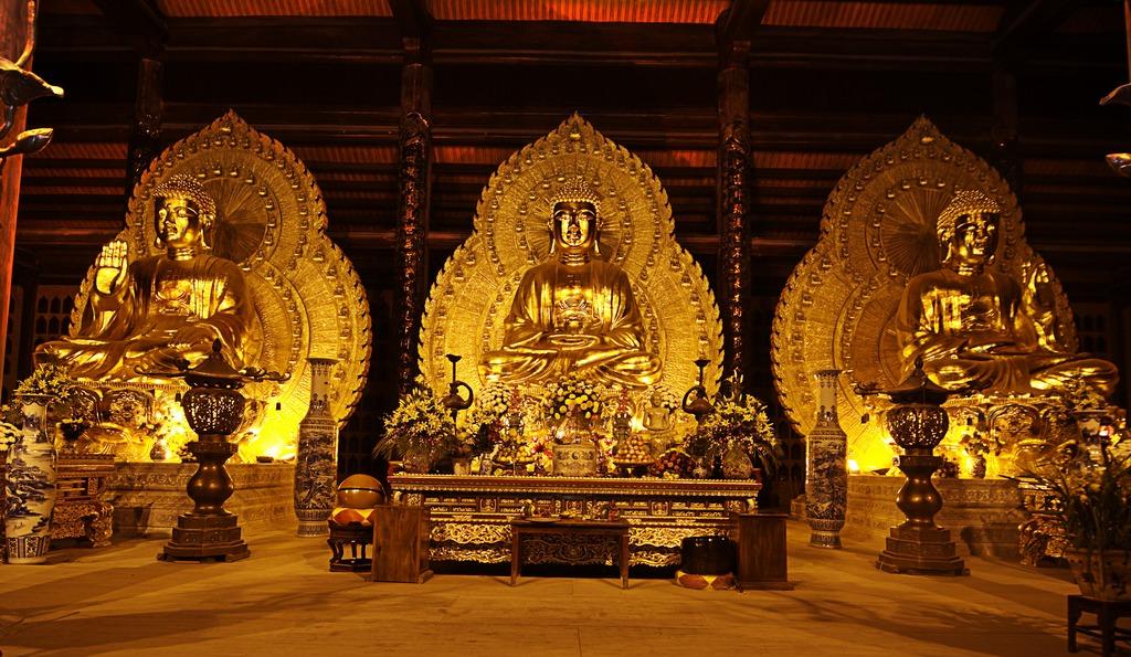 Bai Dinh Pogoda