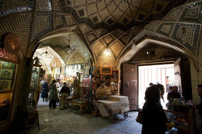 Bazaar-e Vakil in Shiraz, one of the most beautiful markets of Iran – Photo: wiki