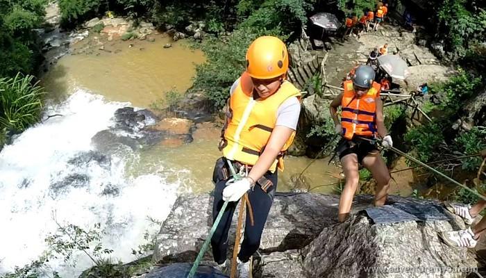 canyoning in dalat vietnam (5)