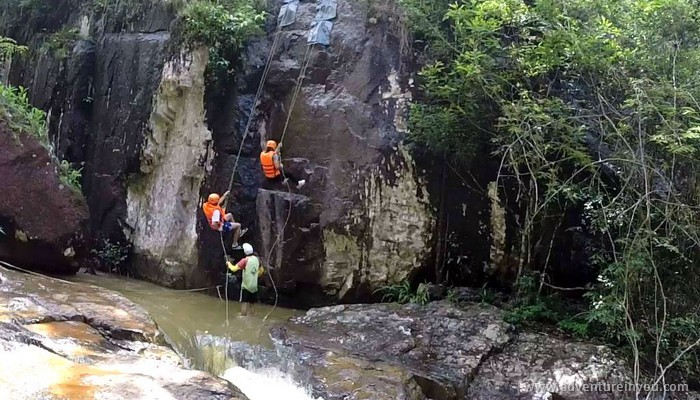 canyoning in dalat vietnam (7)