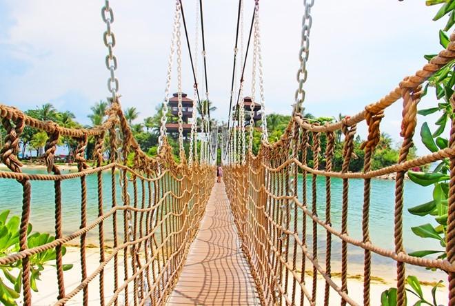 suspension bridge in sentosa, singapore tourist destinations