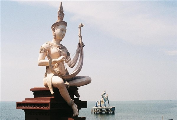 kep coast cambodia travel guides