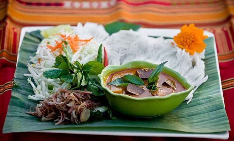 khao poon rice vermicelli soup laofood