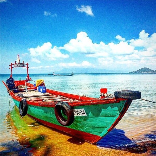 koh tonsay kep town cambodia travel guides