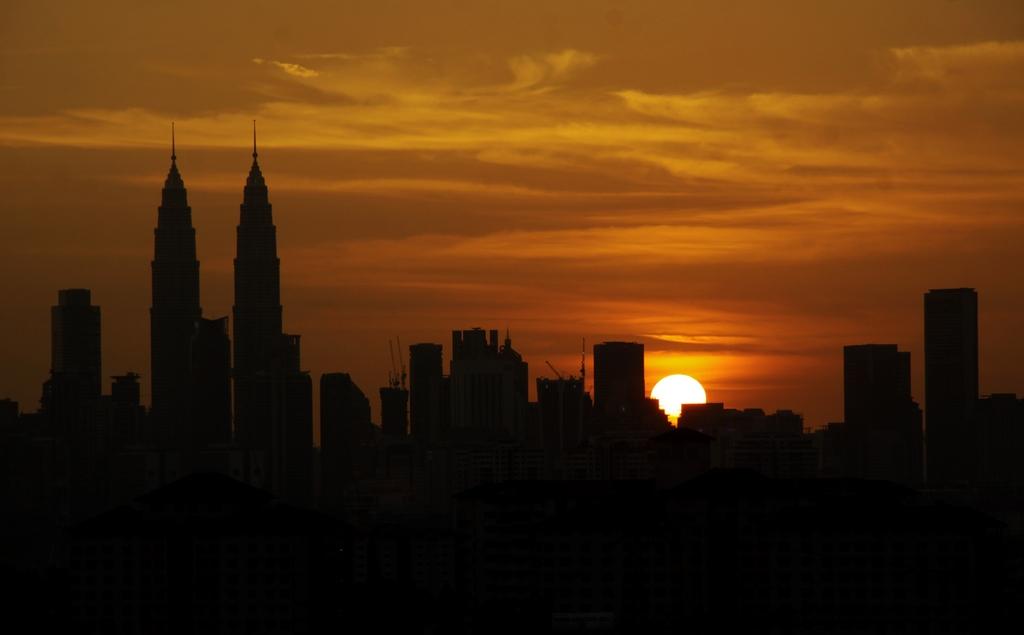 Kuala Lumpur – beautiful capital of Malaysia. Source: hafizothman.wordpress.com.