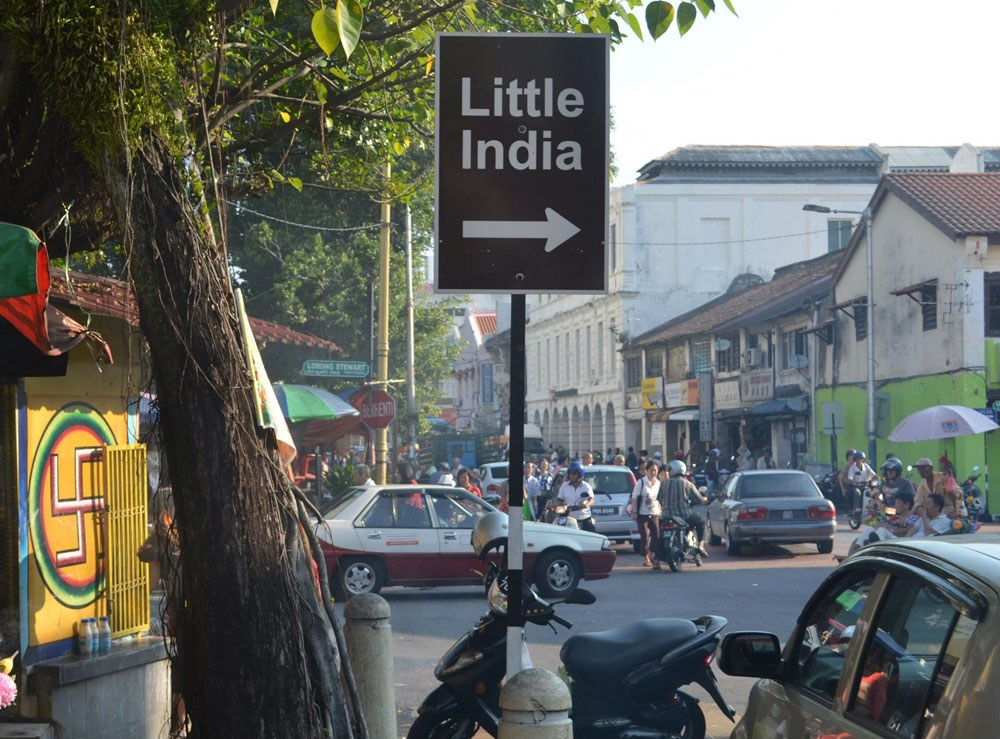 A sign shows how to get to Little India in George Town, Penang. Source: live-less-ordinary.com.