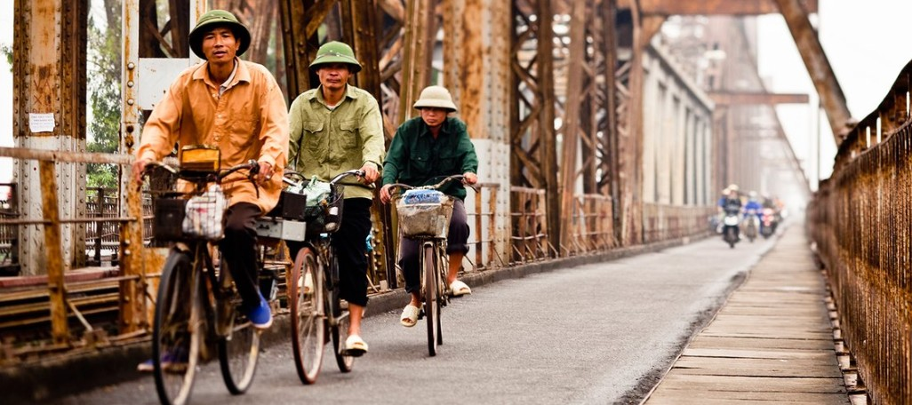 long-bien-bridge-hanoi vietnam guide maps hanoi tourist attractions hanoi tourist information things to do in hanoi