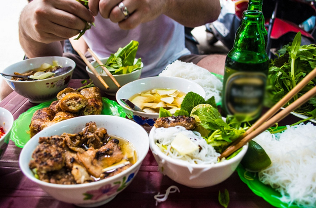 Guide to Vietnamese food — 6 great tips for eating in Vietnam - Living + Nomads – Travel tips, Guides, News & Information!