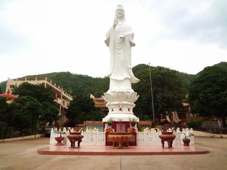 quan the am pagoda vung tau vietnam review guide history address 46