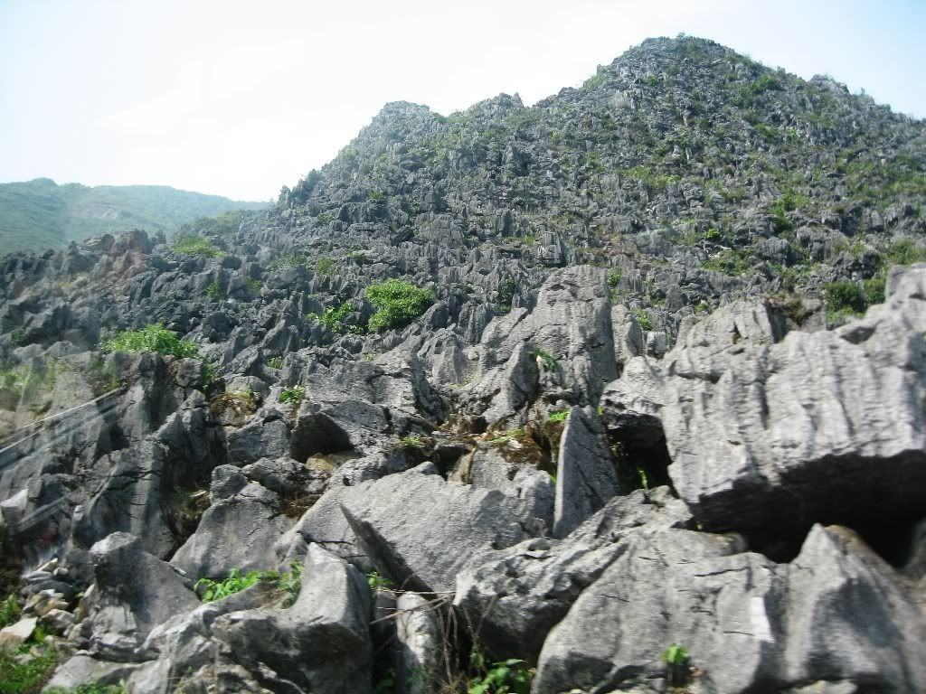 rock plateau dong van