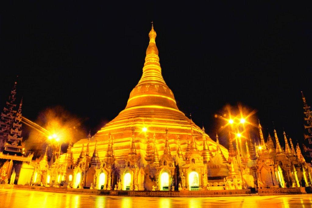 shwedagon-view