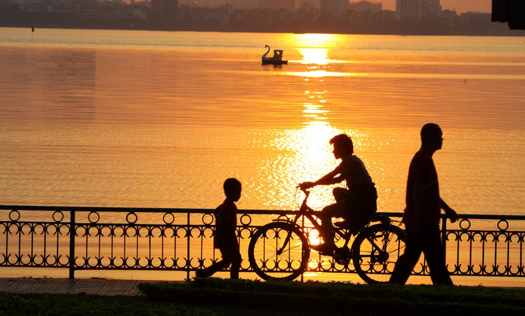 sunset at ho tay west lake hanoi yy