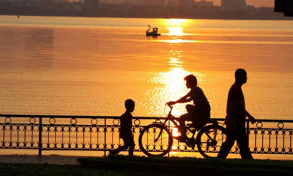 sunset at ho tay west lake hanoi yy