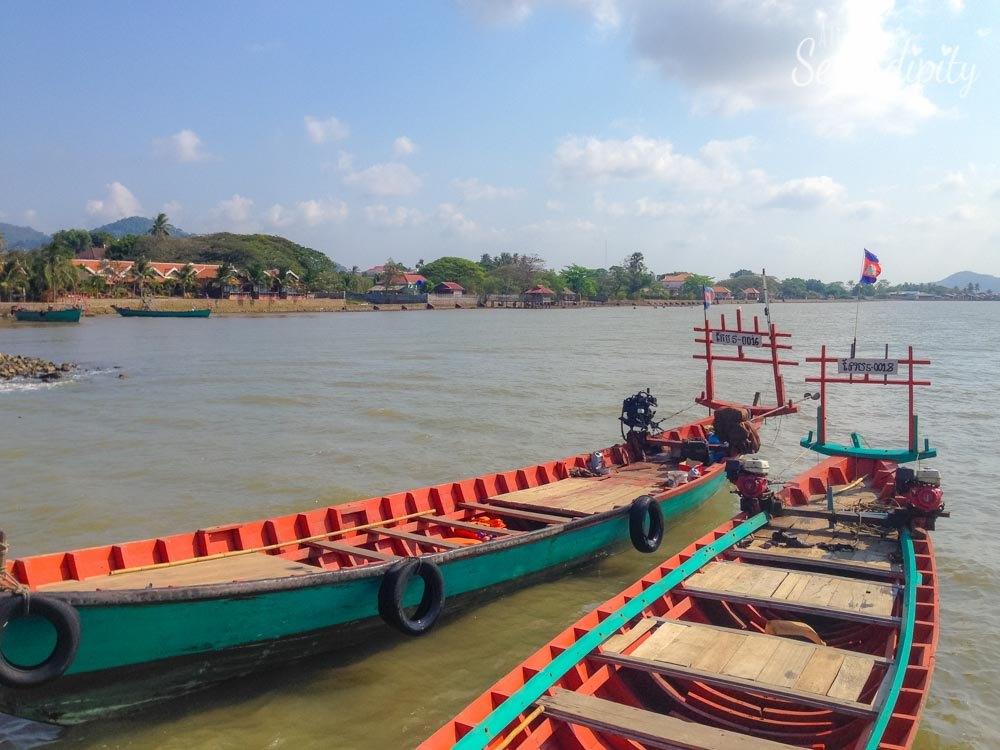 the boats in koh tonsay cambodia