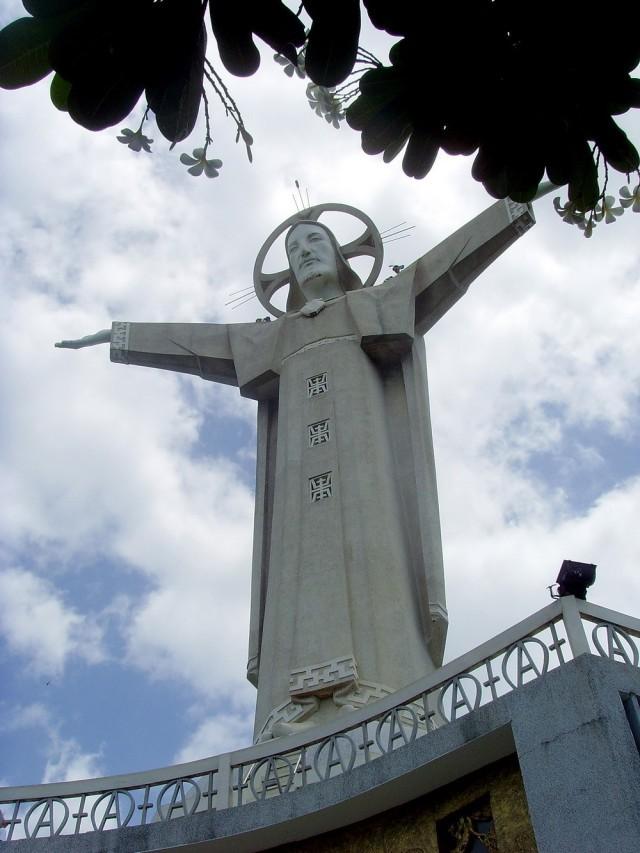 The statue of Jesus