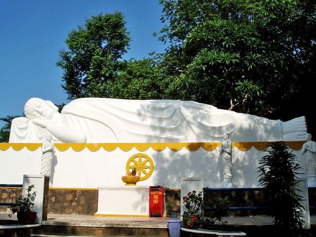 thich ca phat dai pagoda vung tau vietnam review address 2