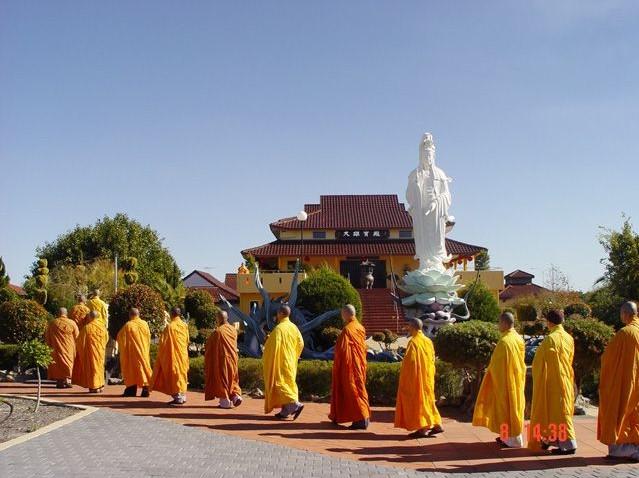 thich ca phat dai pagoda vung tau vietnam review address 3