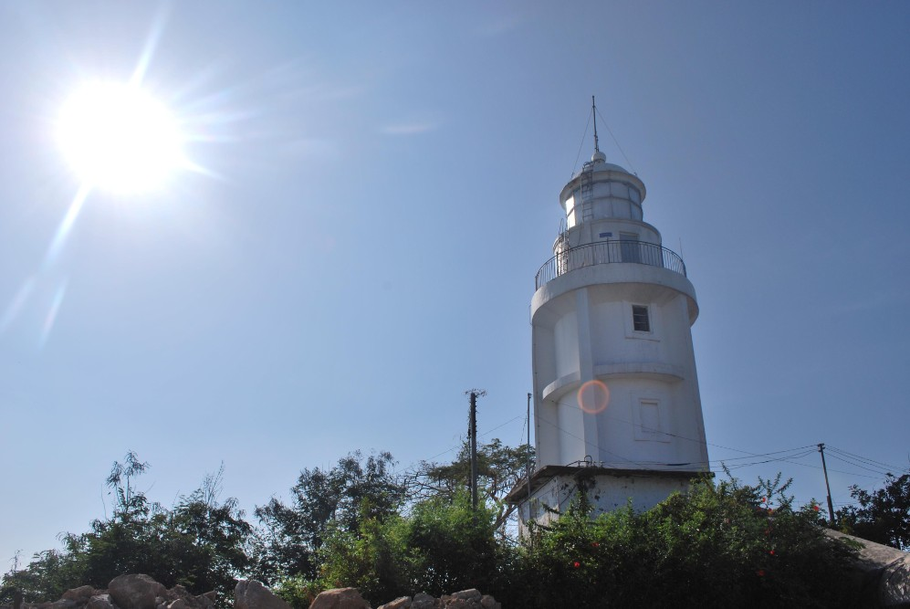vung tau light house attraction guide review opening hours ticket fees address things to do in vung tau vietnam (2)