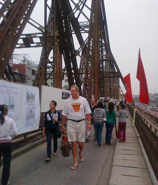 walking long-bien-bridge-hanoi vietnam guide maps hanoi tourist attractions hanoi tourist information top things to do in hanoi tours 23