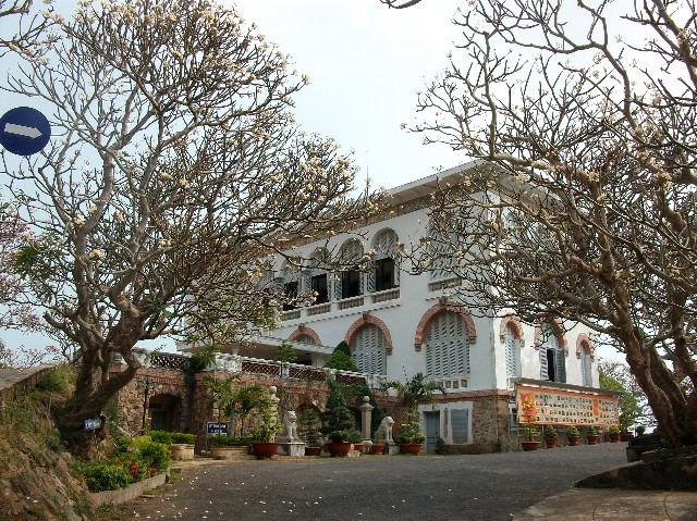 white palace vung tau vietnam guide bach dinh vung tau things to do attractions address 4
