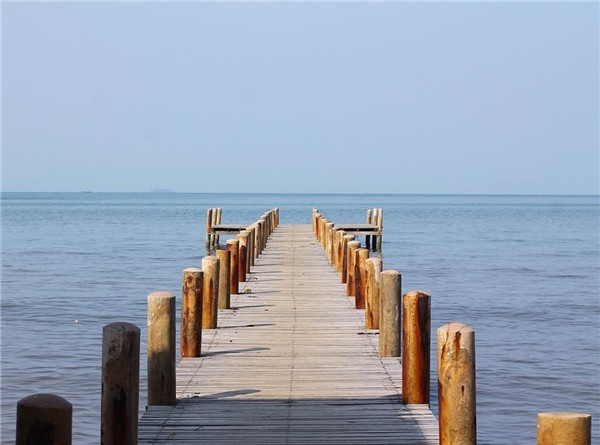 wooden bridge in koh tonsay cambodia
