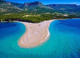 zlatni rat beach croatia