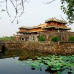 He travel guide — The world of heritage of Vietnam