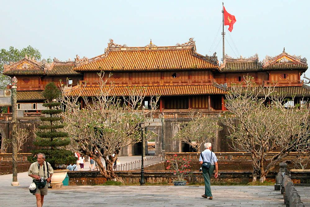 hue vietnam travel guide
