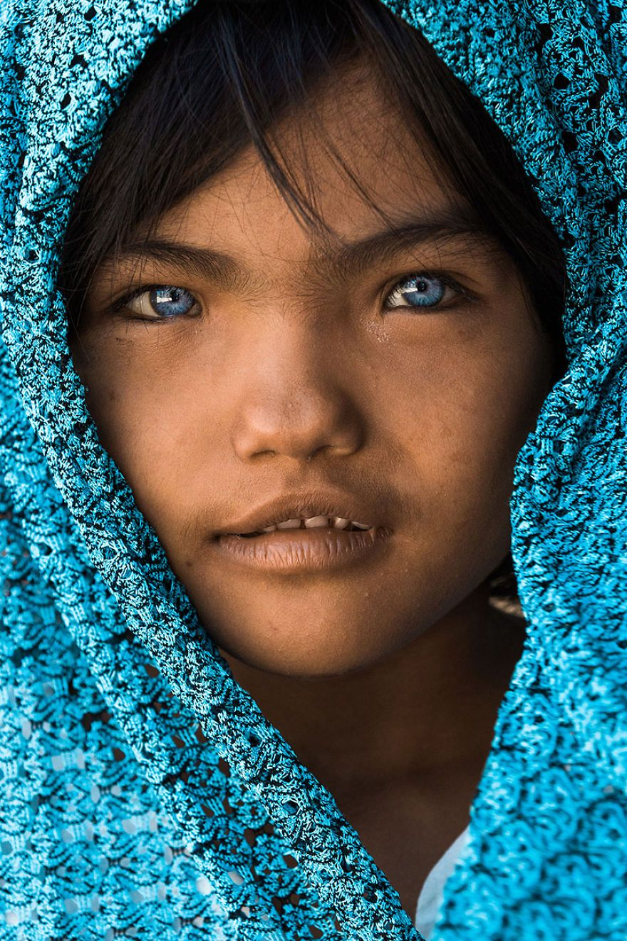 An Phuoc, 7 years old eye - windows of the soul