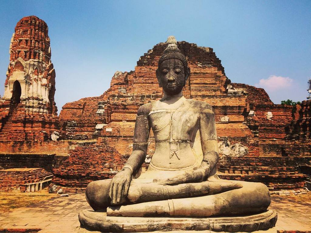 Ayutthaya thailand buddha old temple history travel guide tourist attractions