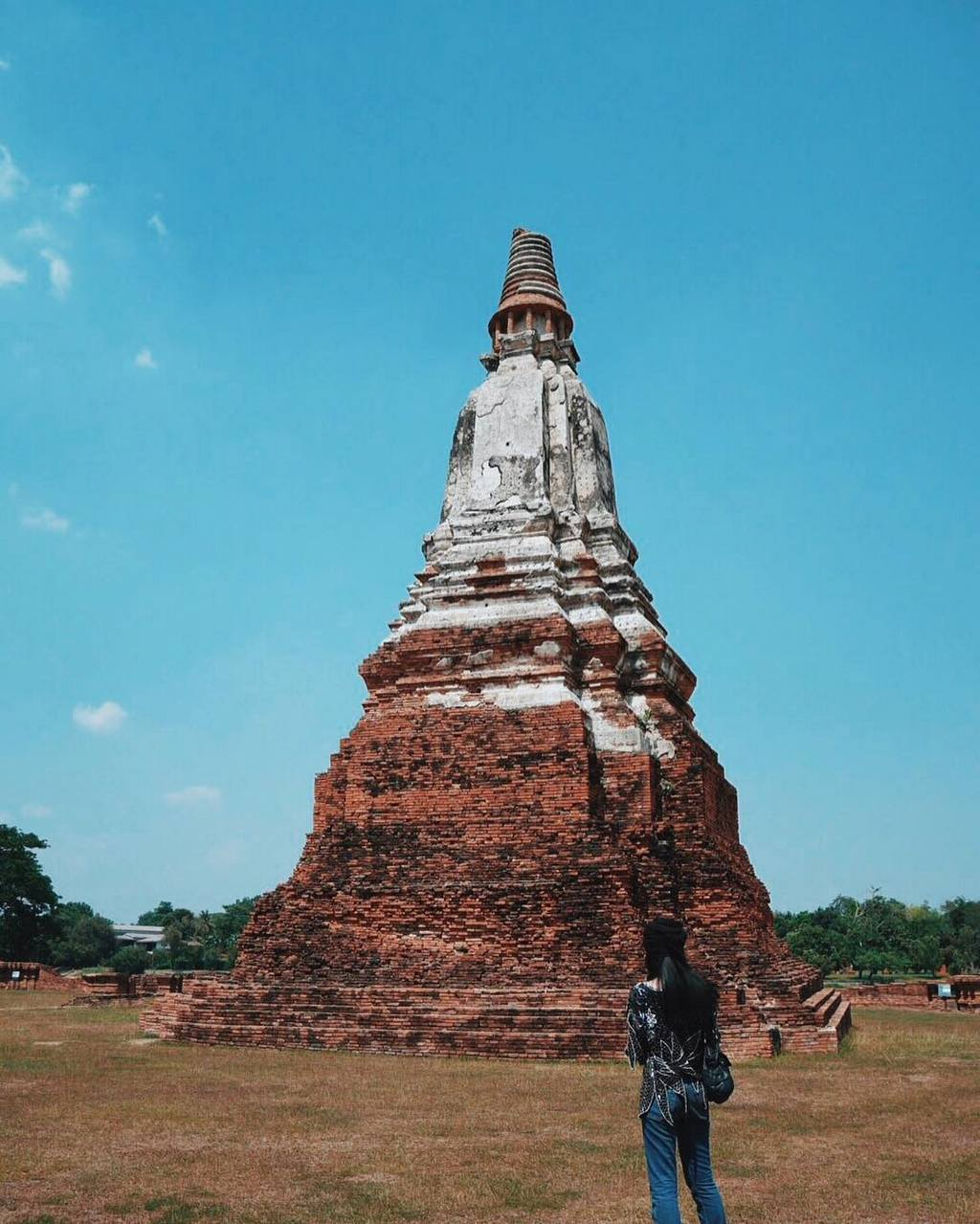 Ayutthaya thai history travel guide old temple photo tourist attractions