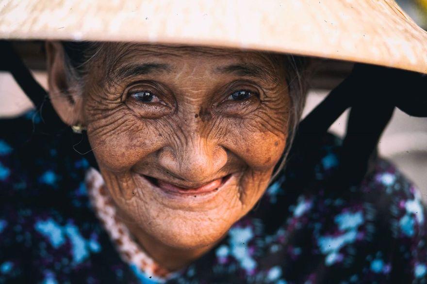 Bui Thi Xong, 78 years old