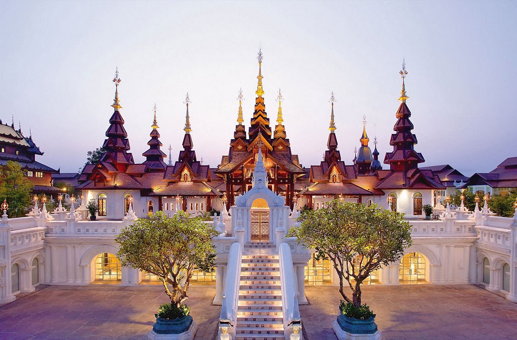 Wat Phra Singh -Chiang-Mai-Old-City-travel guides 3