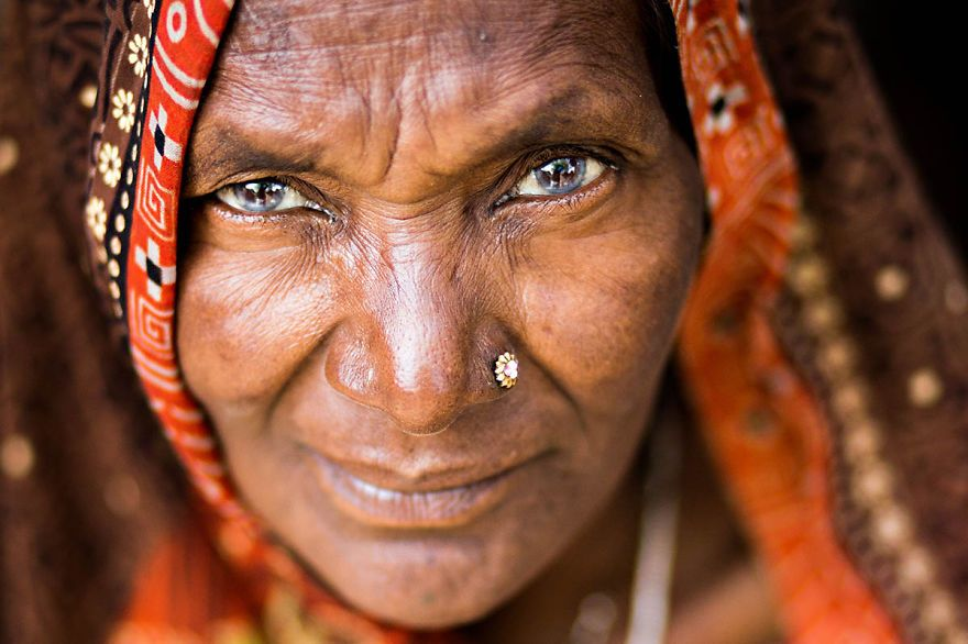 Elder woman From Varanasi Eyes-are-windows-of-the-soul6_