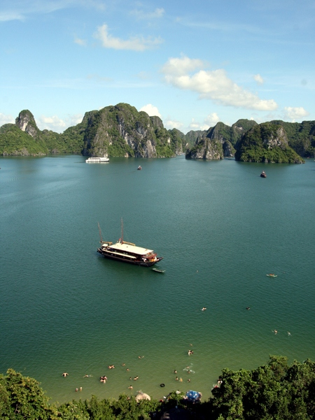 Ha Long Bay tourist attraction Titov island travel tips